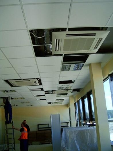 tlocznia-gazu-zambrow-instalacja-klimatyzacji-klimatyzatory-kasetonowe-2