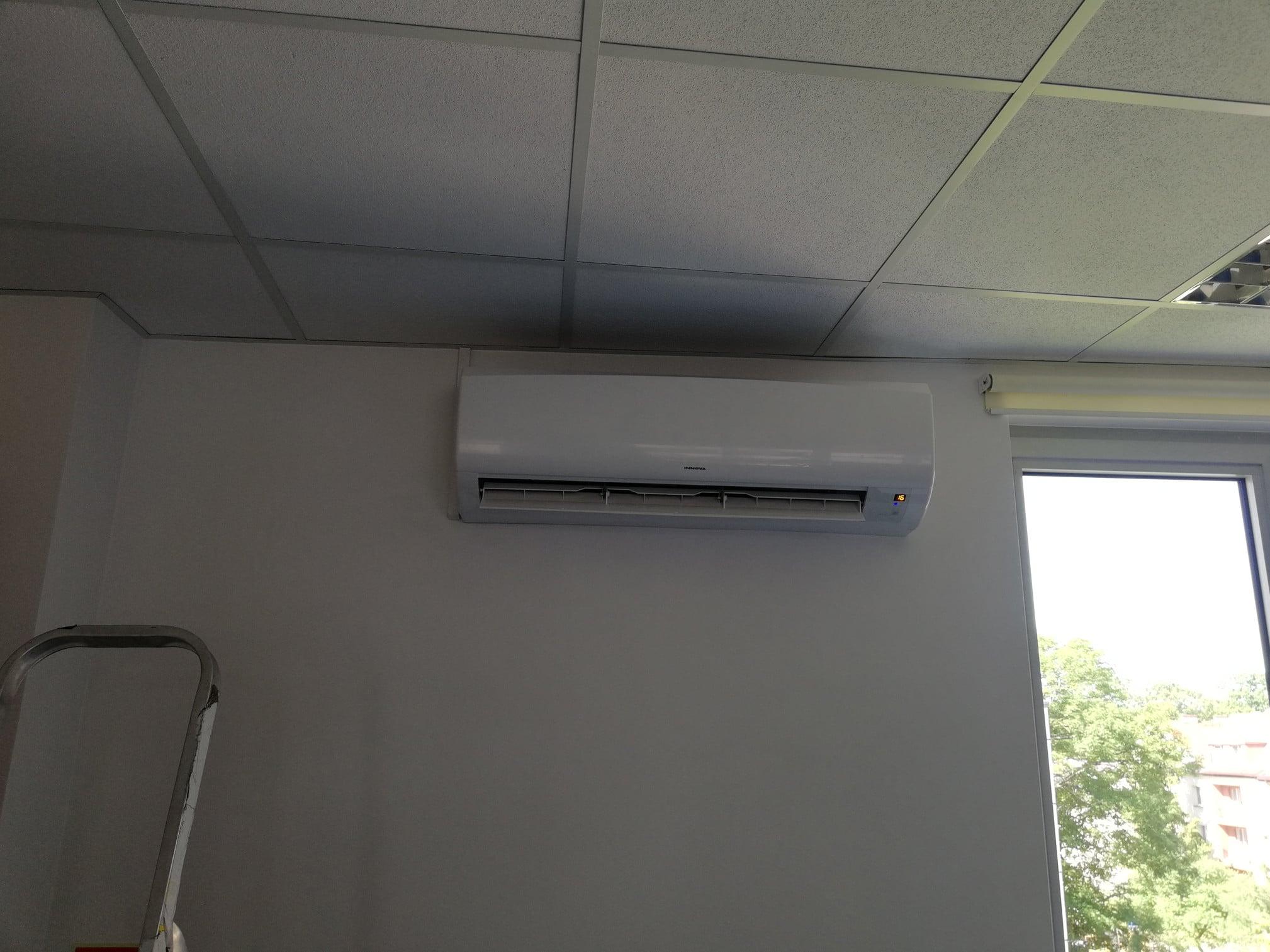 realizacja-klimatyzator-innova-racker-jednostka-wewnetrzna